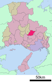 201px-基礎自治体位置図_28213_svg