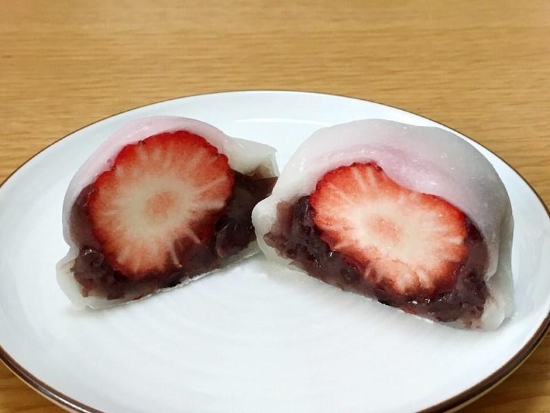 イチゴ大福断面