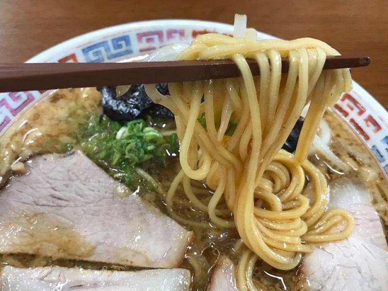 大橋中華そばの麺