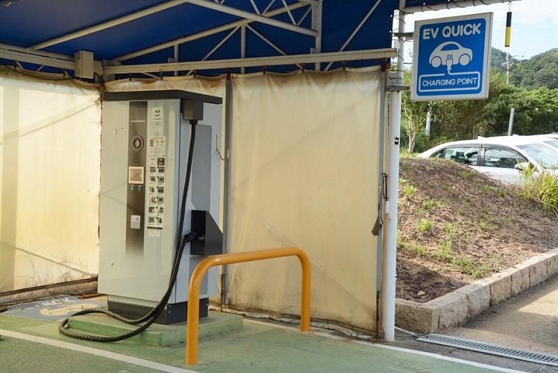滝野温泉ぽかぽの電気自動車の充電スタンド