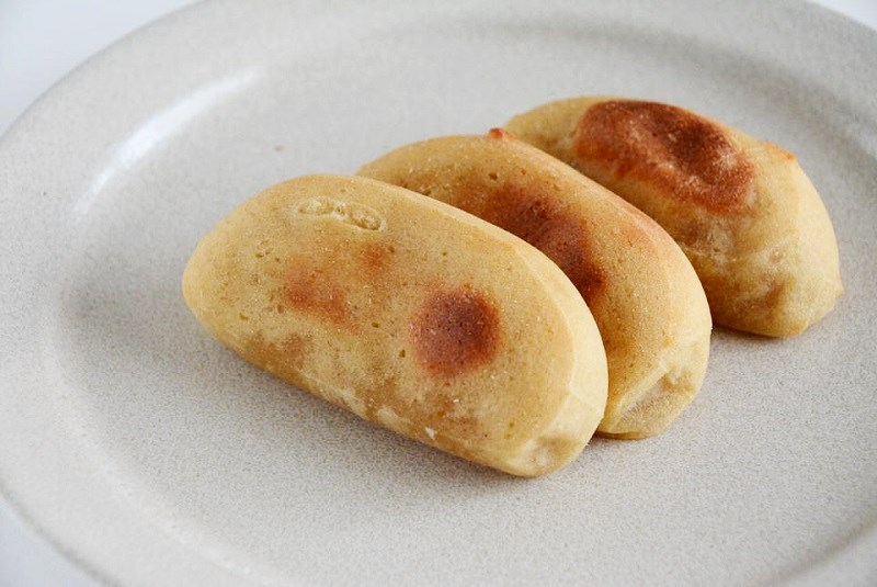 朝川商店のかんころ餅の焦げ目
