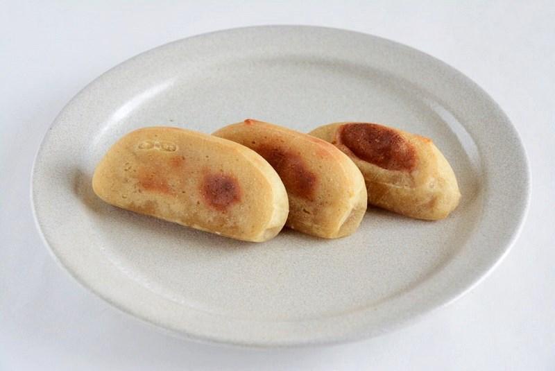 焼いた朝川商店のかんころ餅