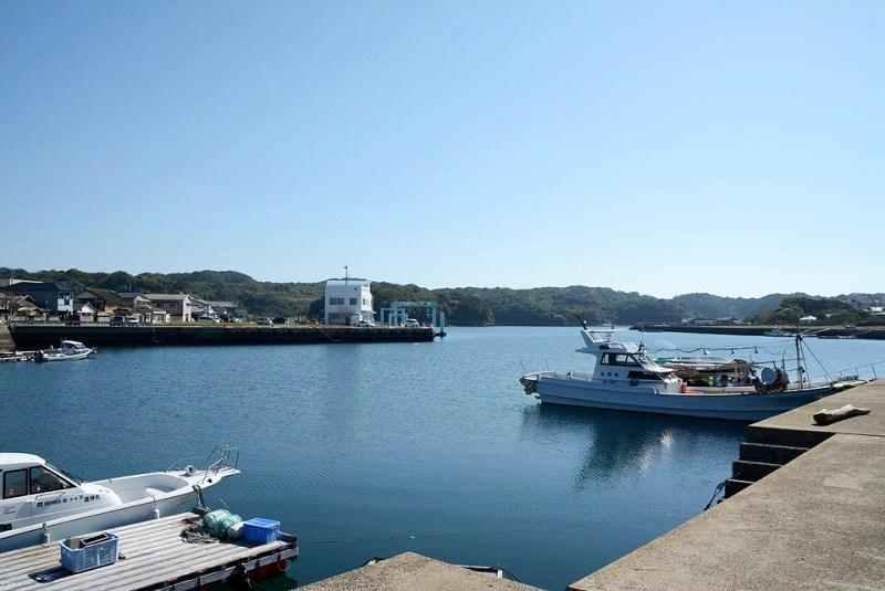 崎戸港周辺の風景