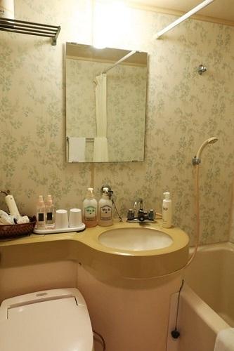 小浜「旅館ゆのか」のバスルーム