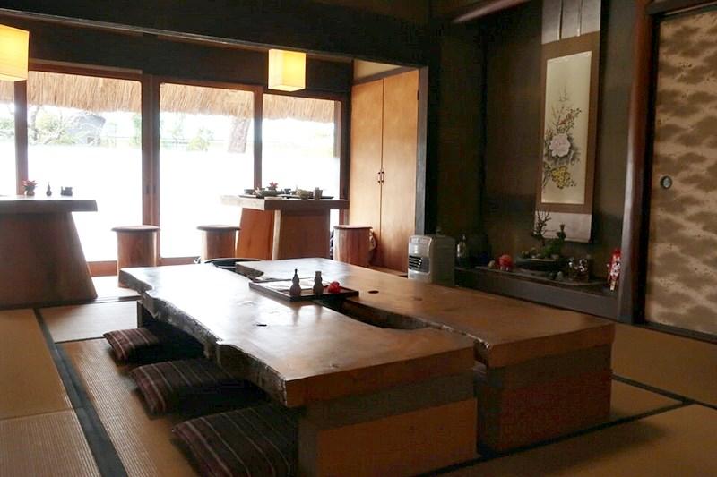 自然薯庵の座敷席の写真