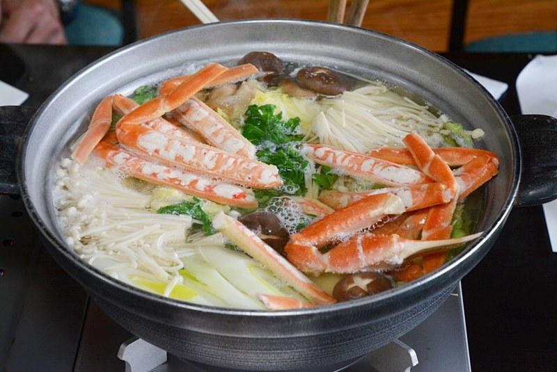 「料理旅館 夕日ヶ浦」のカニすきの写真
