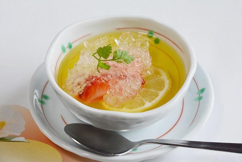 カニコースのデザート「レモンゼリー」の写真