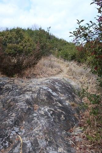 黒岩山へとつづく道