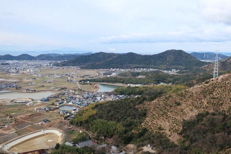 小高御位山から高御位山へ行く途中の風景