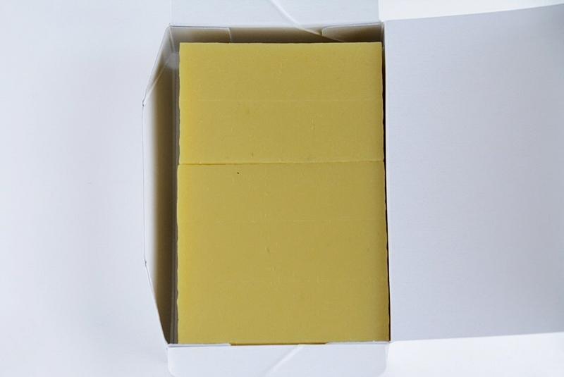 舟和芋ようかんの箱の中身