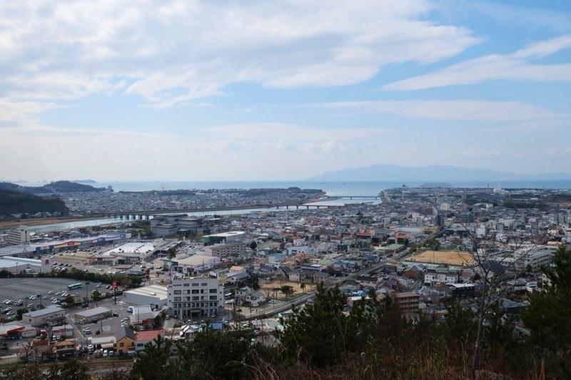 雄鷹台山一合目付近からの眺め