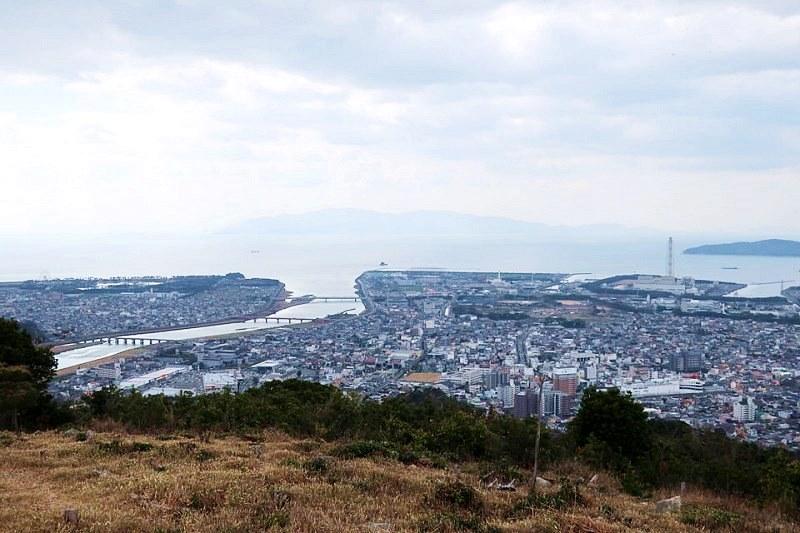 雄鷹台山の頂上から見える赤穂市内