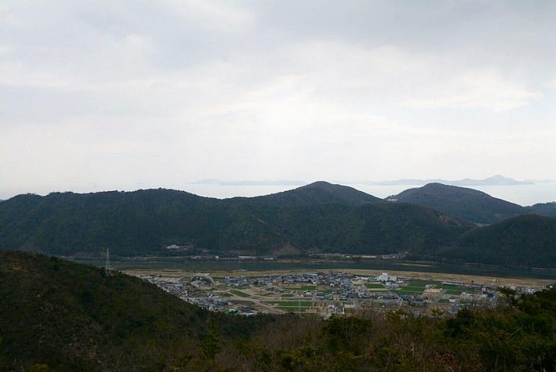 雄鷹台山の頂上からの眺め(南東)
