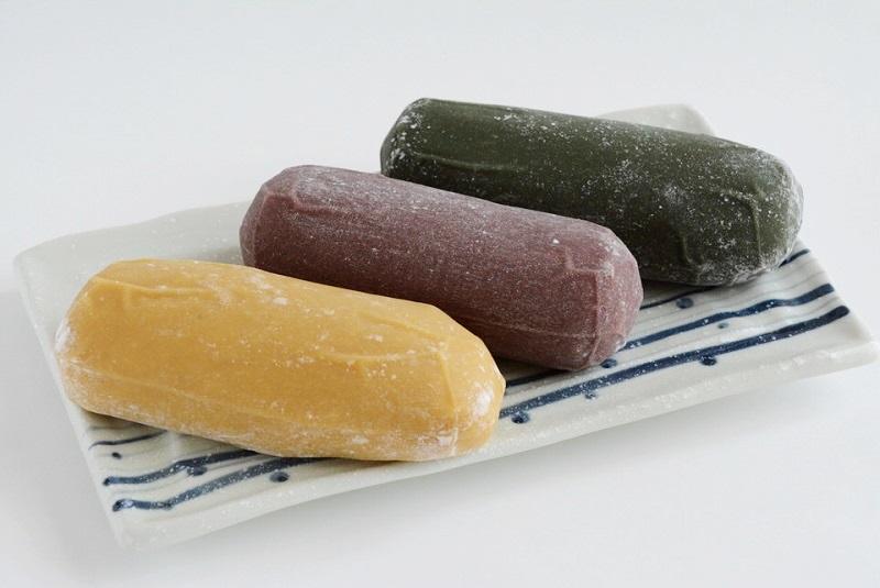 ごと芋かんころ餅(プレーン・紫芋・よもぎ)