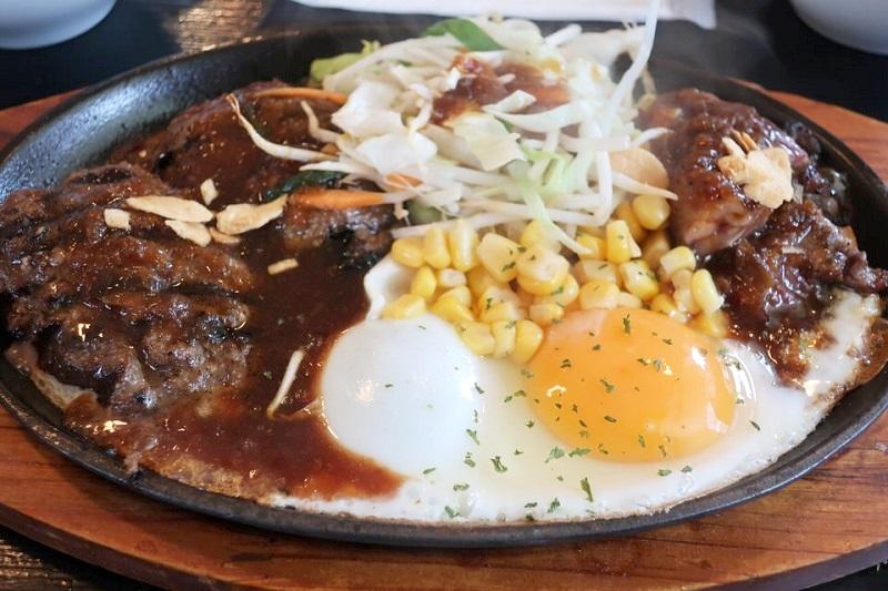 アトムのハンバーグ・目玉焼き・野菜炒め・ステーキ