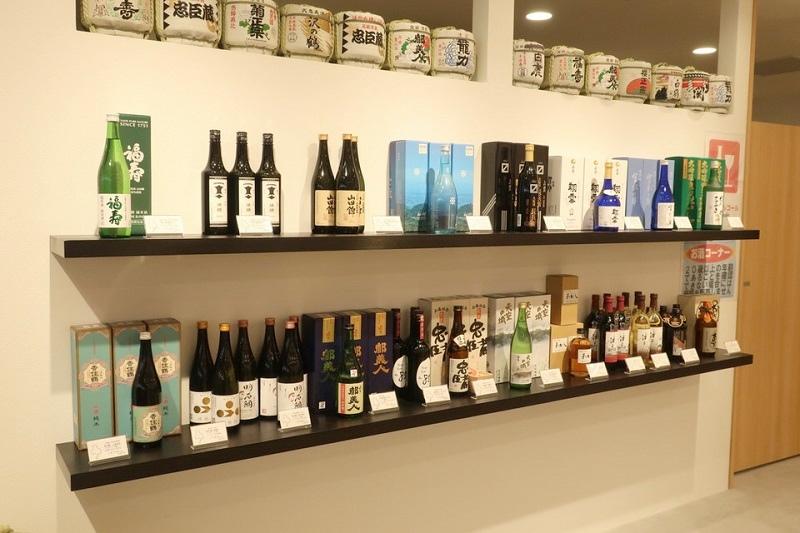 コトノハコ神戸「「兵庫県おみあげ発掘屋」のお酒コーナー