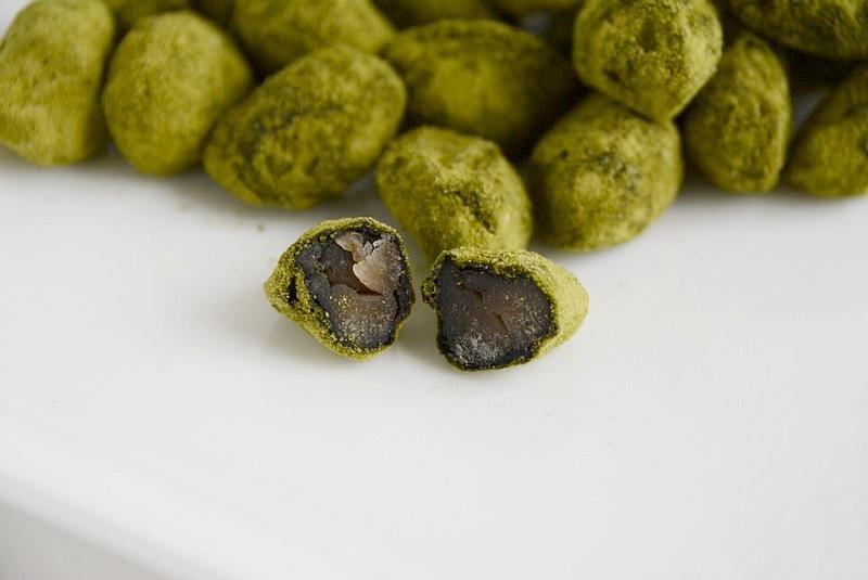 抹茶しぼり豆の中に入っている黒豆