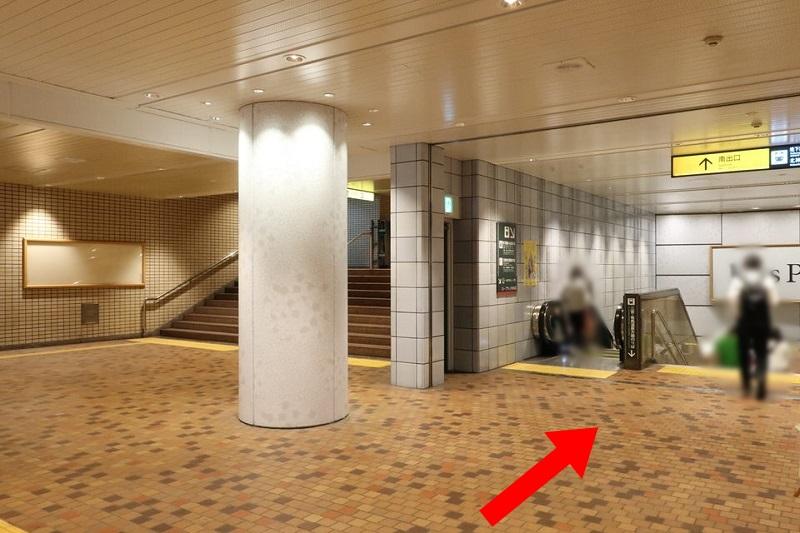 地下鉄新神戸駅へ向う通路
