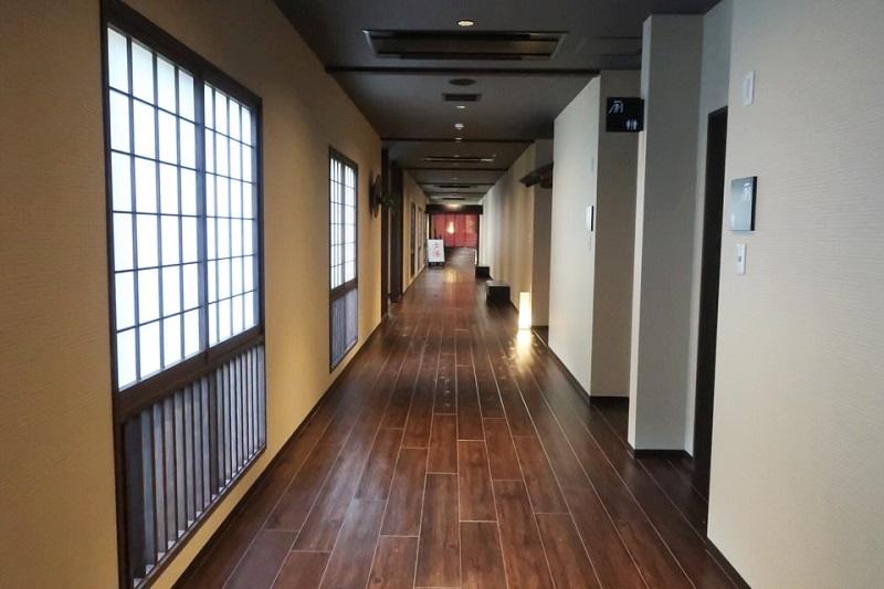 ネスタリゾート神戸「延羽の湯」の廊下