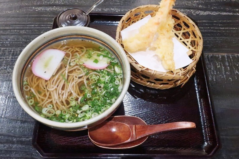 ネスタリゾート神戸「延羽の湯」の大海老天そば