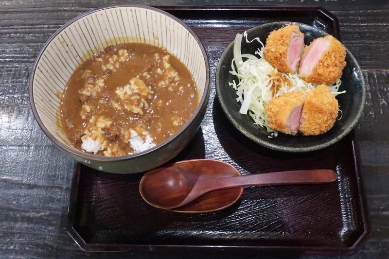 ネスタリゾート神戸「延羽の湯」のヒレカツカレー