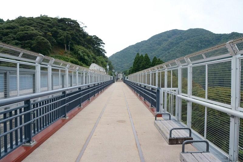 「余部鉄橋 空の駅」の展望施設