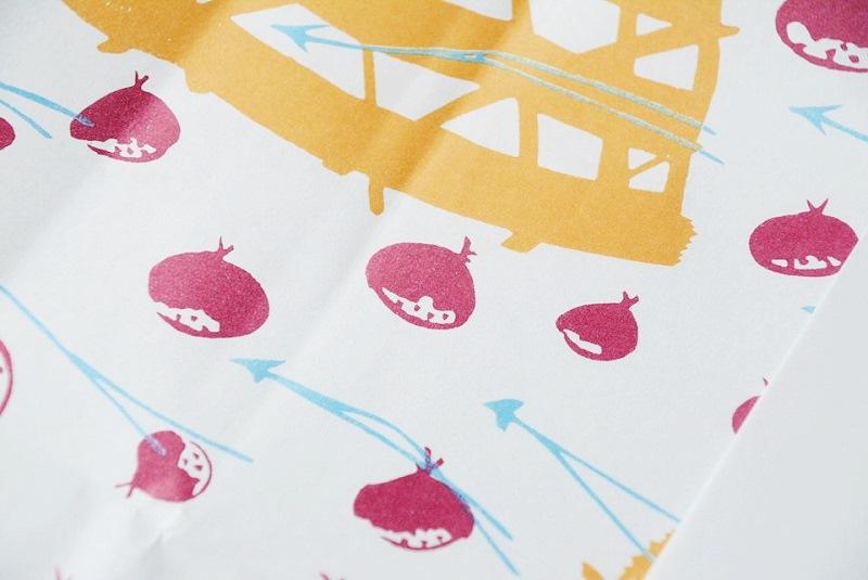 朔日餅(10月)栗餅の包装紙に描かれた栗