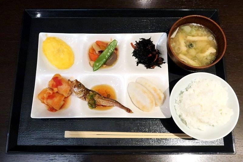 大江戸温泉きのさきの朝食