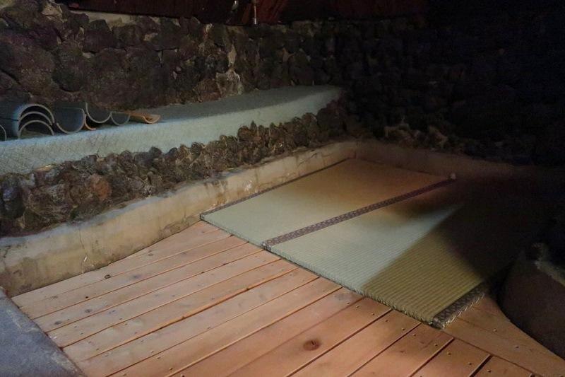 地熱洞・アースポットの畳部屋
